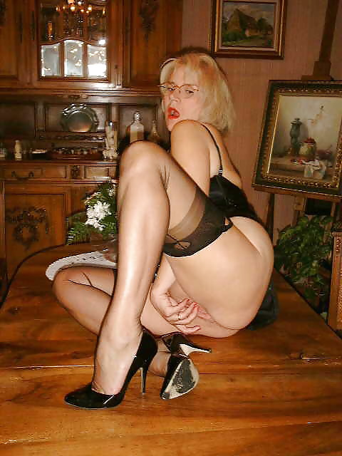 Model stockings grannies amateur