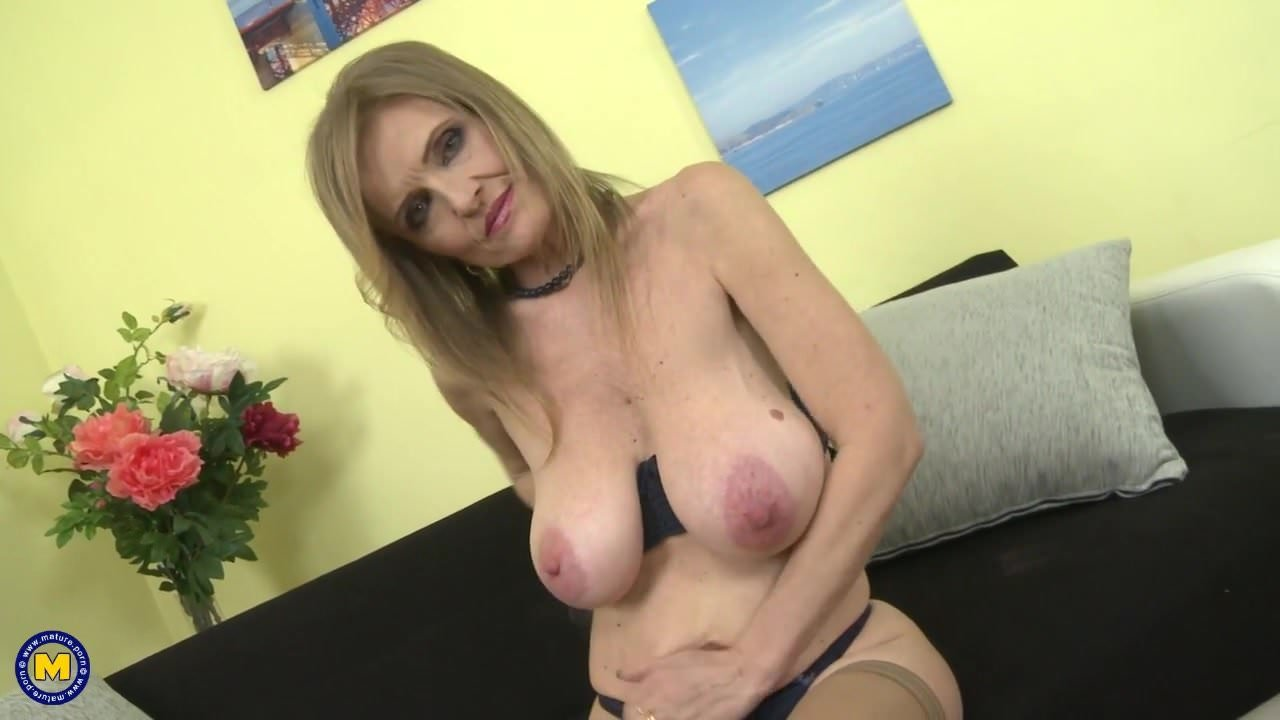 Salley recommend Pantyhose swingers licking gaysex